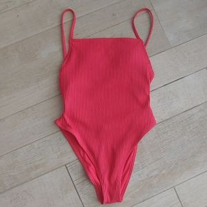 Forever 21 one piece swimsuit small